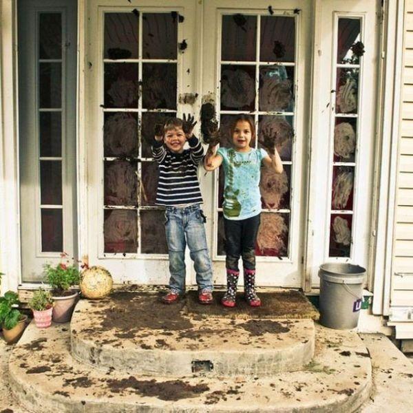 Evin Altını Üstüne Getiren 20 Sevimli Çocuk