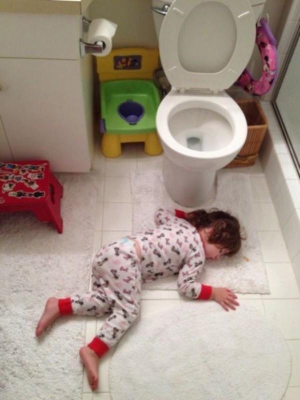 Uyuya Kalan Çocukların Komik Fotoğrafları