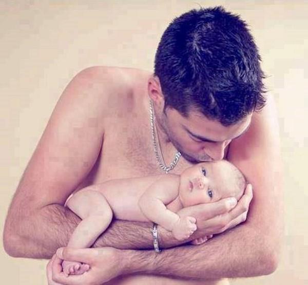 Çocuklarına Bakmak Zorundak Kalan Babaların Yaşadıkları