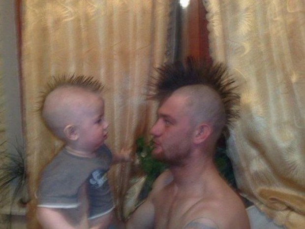 Armudun Dibine Düştüğünü Kanıtlayan 39 Baba ve Oğlu